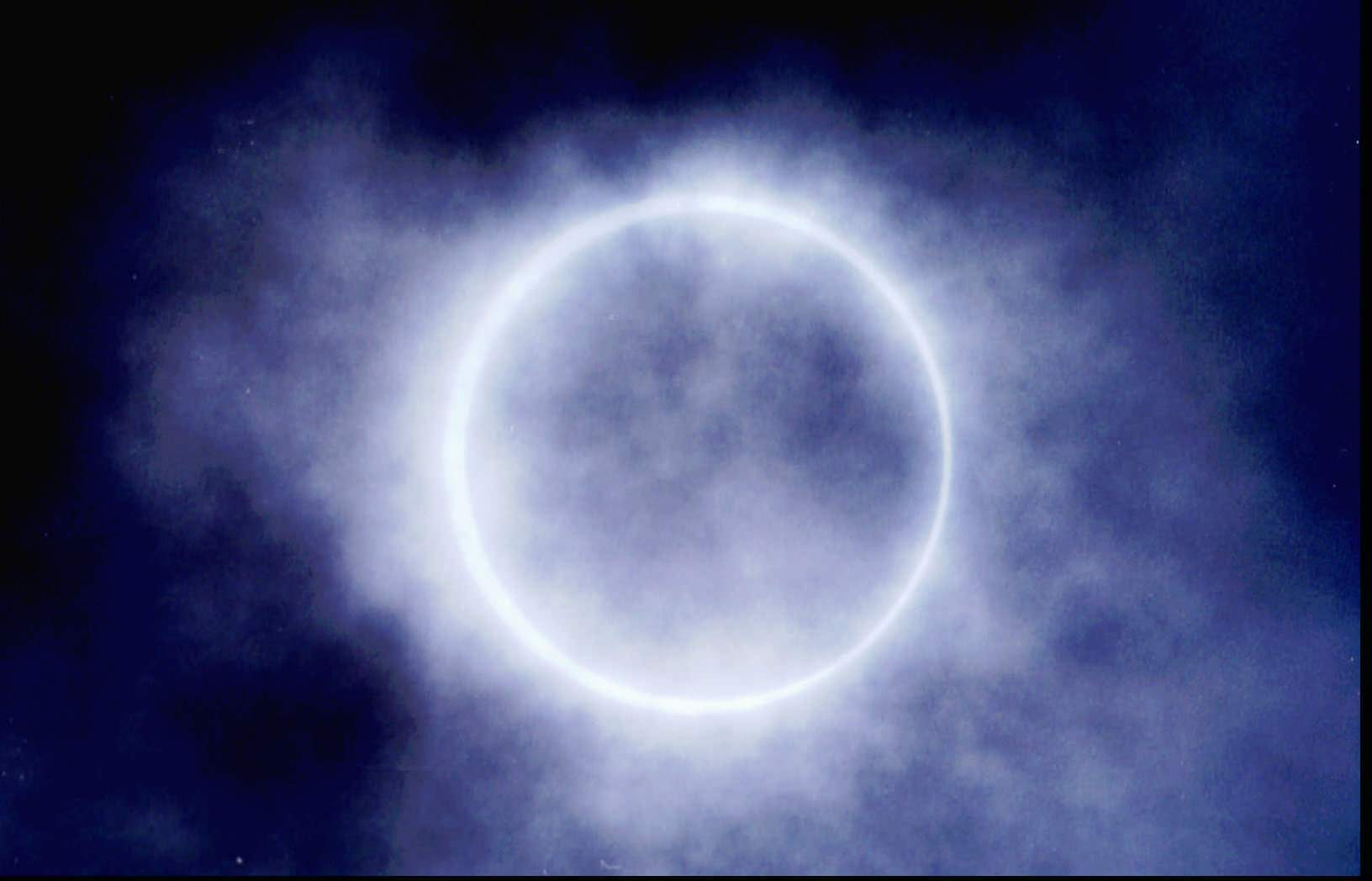 Eclipse - 05 photo