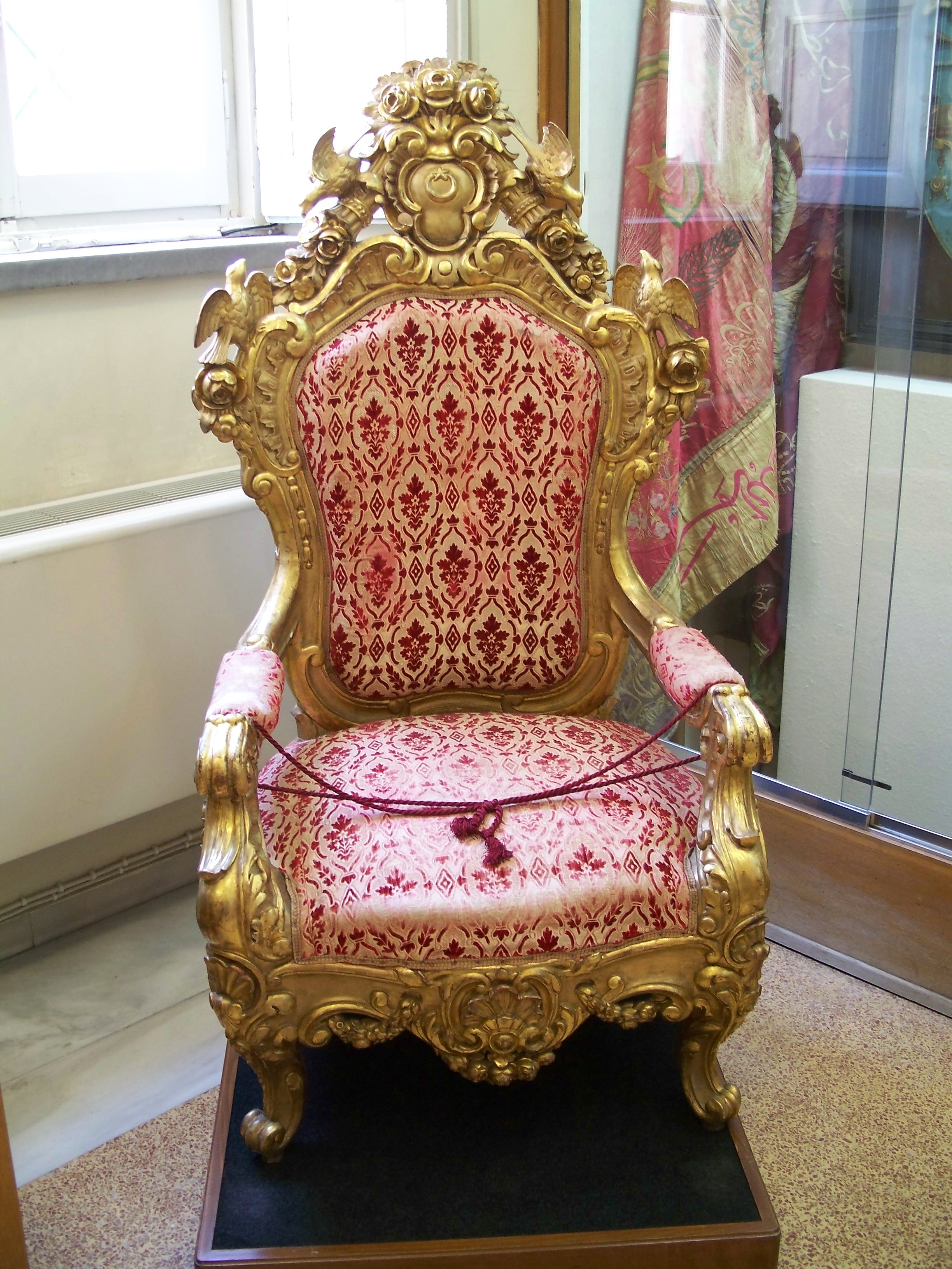 Throne - 06 photo
